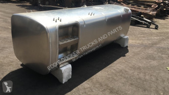 DAF spare parts 1944802 FUEL TANK 765 LTR 2112X675X620 MM