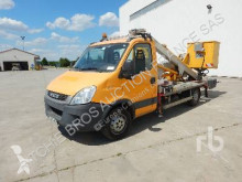 utilitaire nacelle Iveco
