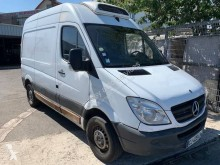 Used positive trailer body refrigerated van Mercedes Sprinter 210 CDI 32N