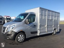 Nissan cattle van NV400