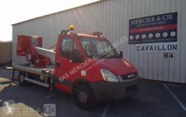 furgoneta Iveco nacelles