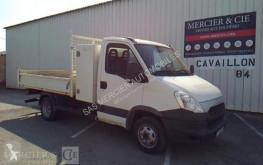 véhicule utilitaire Iveco 35c11