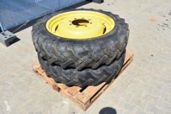 furgoneta repuestos neumáticos Alliance