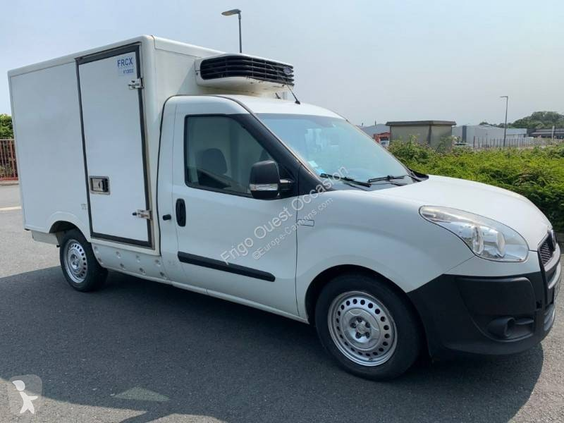 Voir les photos Véhicule utilitaire Fiat Doblo 1.6 MJT 105
