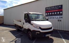 véhicule utilitaire Iveco 35-150