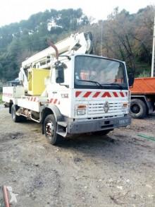 úžitkové vozidlo pracovná plošina na automobilovom podvozku kĺbová Renault
