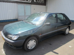 Peugeot 306 XR 1.4 CRYSTAL voiture occasion
