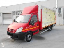 Iveco curtainside van Daily 65C18