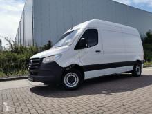 Mercedes cargo van Sprinter 311 cdi l2h2 airco