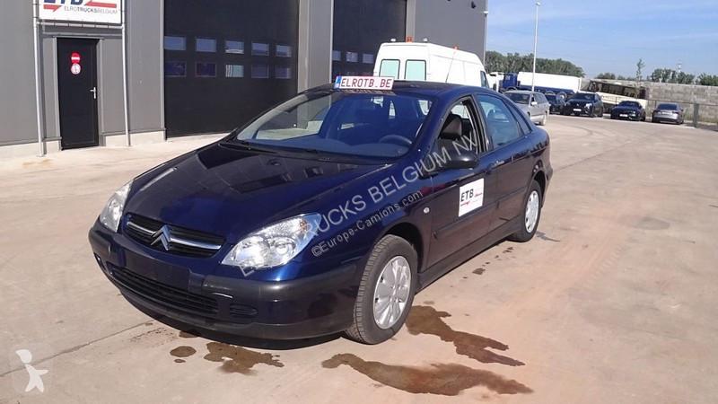Voir les photos Véhicule utilitaire Citroën C5 2.0 HDI (AIRCO)