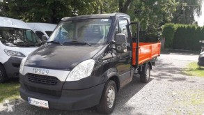 Camioneta trilaterala second-hand Iveco Daily 35S13
