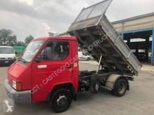 Nissan Trade 35 ribaltabile trilaterale usato
