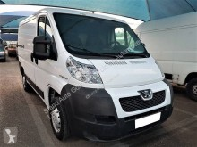 Fourgon utilitaire Peugeot Boxer 2,2L HDI 100 CV