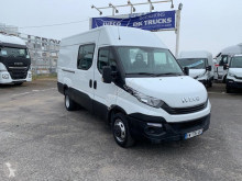 Fourgon utilitaire occasion Iveco Daily Fourgon 35C14V12 cabine appro 7 places - 21 900 HT