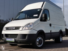 Fourgon utilitaire Iveco Daily 50 C