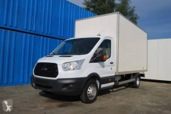 Utilitaire caisse grand volume Ford Transit
