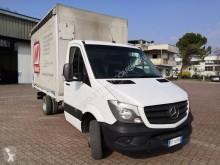 Veículo utilitário caixa aberta com lonas usado Mercedes Sprinter 413