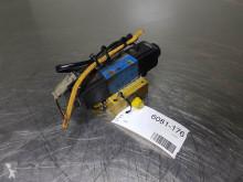 Nc DG4V-3-8C-VM- Caterpillar TH 62 - Valve equipment spare parts used
