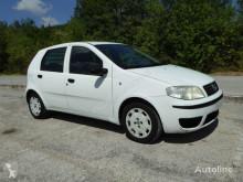 Voiture citadine Fiat Punto 1300