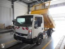 Furgoneta Nissan Cabstar 130.35 furgoneta volquete estándar usado