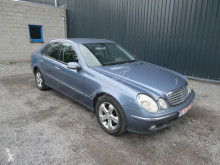 Voiture berline Mercedes Classe E 200 CDI