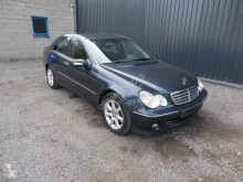 Carro berlina Mercedes Classe C 220CDI