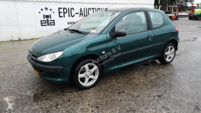 Peugeot 206 1.1i voiture occasion