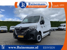 Renault Master T35 2.3 dCi 135 PK / L2H2 / Red EDITION / 3.438 KM !! / FABRIEKSGARANTIE / LED DAGRIJVERL. / NAVIGATIE / AIRCO / CRUISE / 270 A. furgone usato