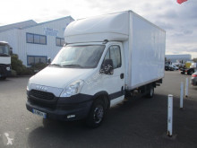 Fourgon utilitaire Iveco Daily 35C13