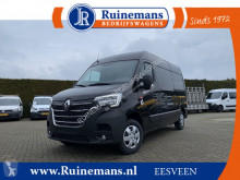 Fourgon utilitaire Renault Master T35 2.3 dCi 150 PK TWINTURBO / L2H2 / Red EDITION / 2x SCHUIFDEUR / TREKHAAK / CAMERA / NAVI / 2.500 KG AHG