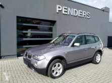 BMW X3 2.0d*Pano-Dach*61 TKM*Xenon* voiture 4X4 / SUV occasion