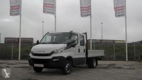 Nyttobil med flak häckar Iveco Daily 35C14