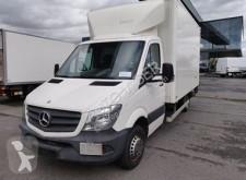 Mercedes zárt és magasított rakterű kisteherautó Sprinter 513 CDI