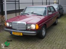 Furgoneta coche berlina Mercedes 100-serie 123 // 240 diesel 240 D