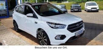 Samochód 4x4 Ford Kuga ST-Line im Kundenauftrag