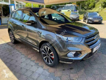 Ford Kuga ST-Line 4x4 / SUV second-hand