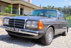 Mercedes 300CE automobile usata