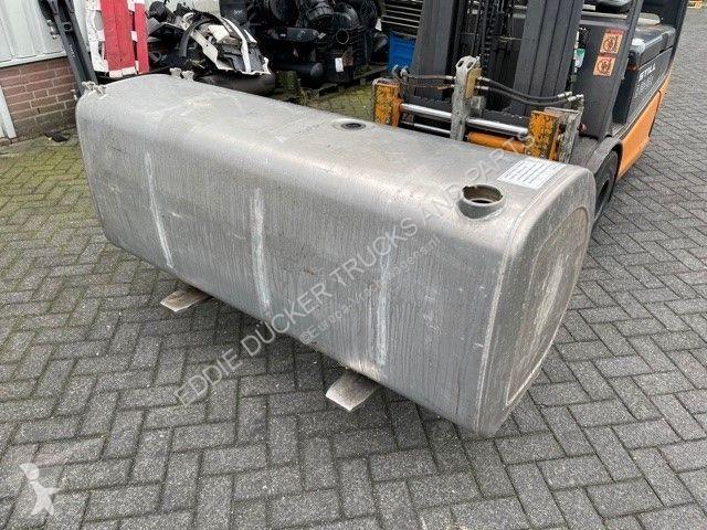 Voir les photos Véhicule utilitaire Volvo 21220089 BRANDSTOFTANK 1770X710 MM