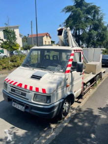 Iveco telescopic articulated platform commercial vehicle Daily 35.8