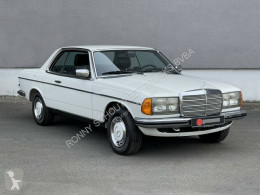 Voiture berline Mercedes 230 C Coupe C Coupe eFH./Radio