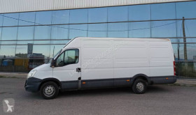 Fourgon utilitaire Iveco Daily 35 C 13 Extra long