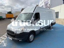 Fourgon utilitaire Iveco 35 S13