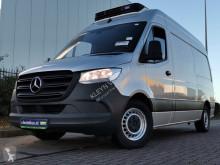 Mercedes Sprinter 314 koelwagen l2h2 230v furgon dostawczy używany
