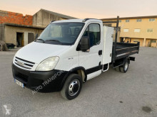 Iveco Daily 35C12 nyttobil med flak standard begagnad