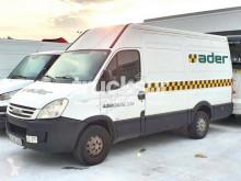 Fourgon utilitaire Iveco 35 S12 12 M3