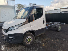 Utilitaire châssis cabine Iveco Daily 35S14