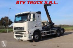 Camión Volvo FH12 FH 12 460 SCARRABILE GANCIO GUIMATRAG ADR 26 TON Gancho portacontenedor usado