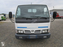 Ribaltabile trilaterale Nissan Cabstar