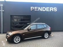 Voiture 4X4 / SUV BMW X1 sDrive 18i*Pano-Dach*AHK*