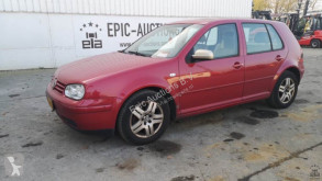 Voiture Volkswagen Golf 2.0i Highline